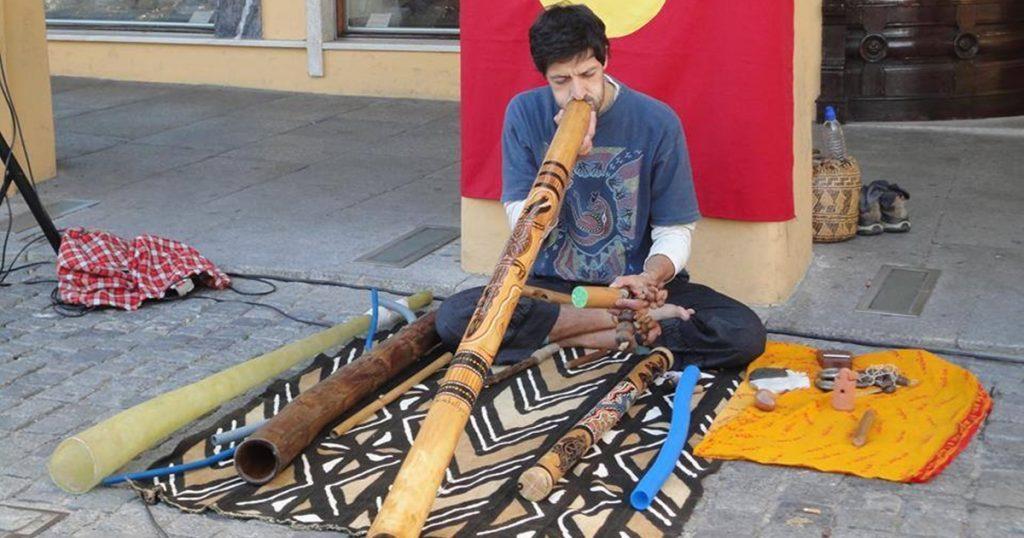 Ruben Brancomúsico e professor de Didgeridoo